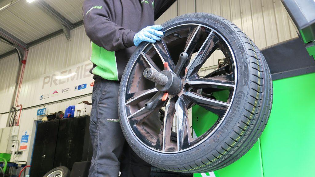 How do Tyre Pressure Sensors work?