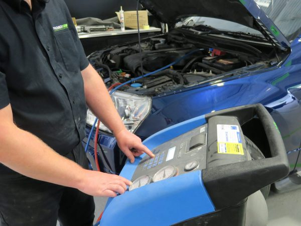Air con machine connected to car