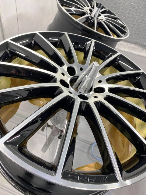 Mercedes AMG Wheels repaired and freshly painted at Premier Group